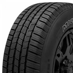 Michelin DEFENDER LTX M/S Summer tire